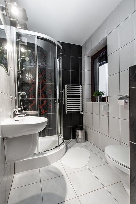 Prysznic w łazience u kruka groń